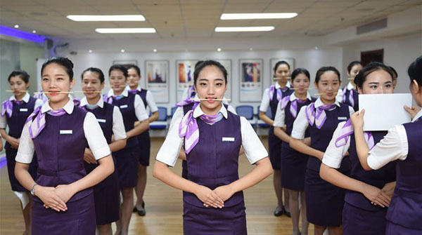항저우 '열차 승무원', 서비스 교육 강화