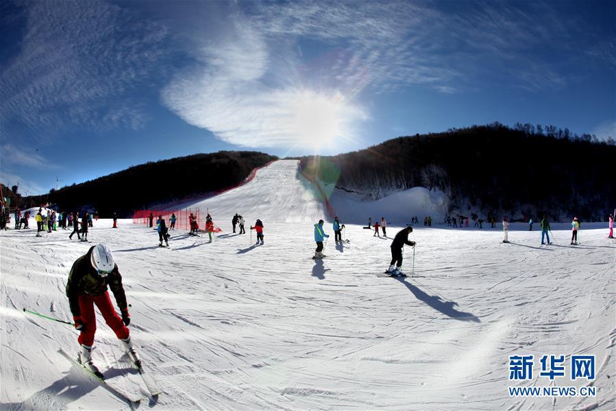 2022년 동계올림픽 개최지 허베이 충리, 스키 시즌 돌입!