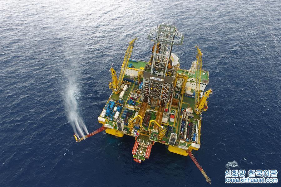 (经济)(1)我国海域天然气水合物试采成功