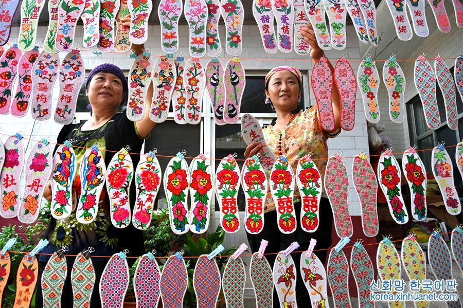 산둥 이위안(沂源): 전통적인 소형 수공업이 큰 시장서 수입 늘려