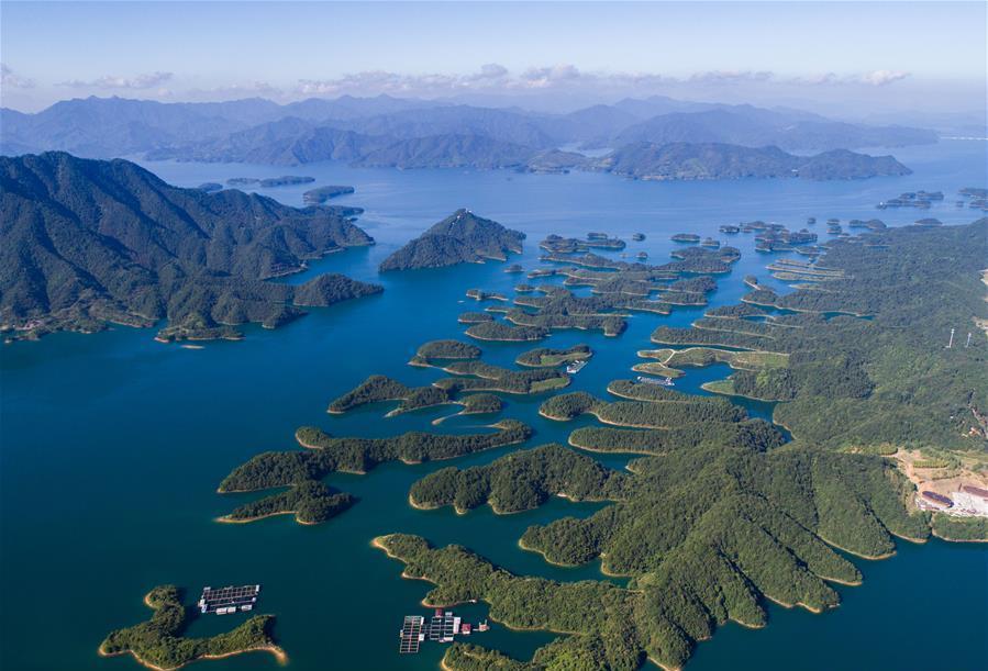 친환경 산업의 발전으로 첸다오후의 '맑은 물'을 수호