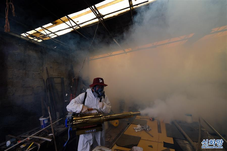 멕시코 코로나19 누적 사망자 7만명 넘어